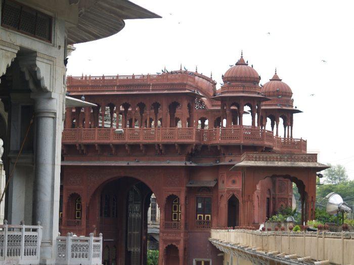 Zwillingsratgeber p1011604-700x525 Aufenthalt in Pushkar