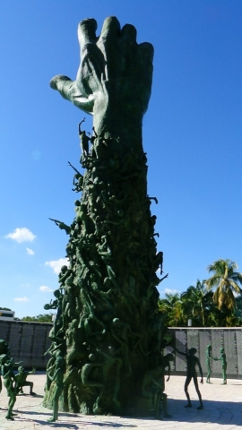 Zwillingsratgeber miami2015-199-700x1244-640x480 Miami Beach - 10 MUST-DOs für Reisende