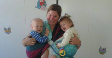 Zwillingsratgeber maria-kuschelsack-trageberatung-375x195 10 Zeichen dafür, dass Du eine Mutter von Mehrlingen bist