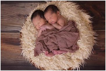 Zwillingsratgeber zwillinge_baby Tipps zur Gestaltung von Geburtskarten