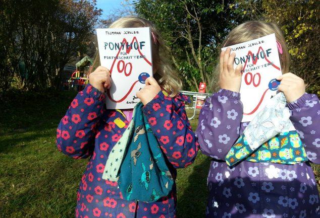 Zwillingsratgeber 15168748_1199740863442512_7802326477730865211_o-634x433 Im Interview: Ponyhof für Fortgeschrittene: Mein erstes Jahr als Zwillingsvater