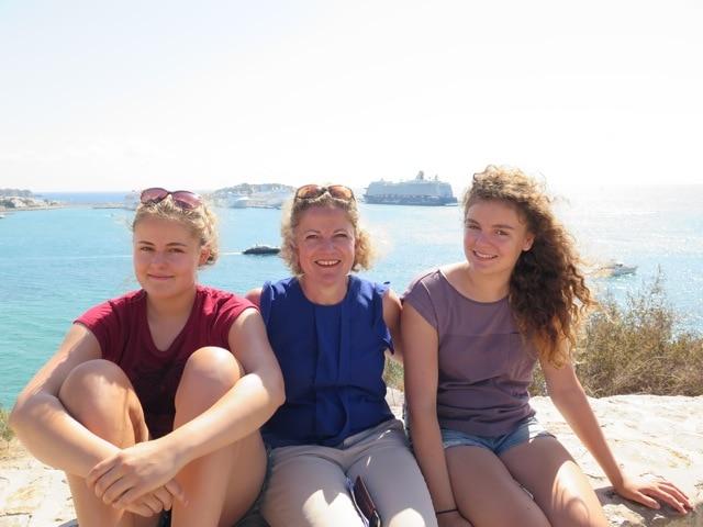 """Zwillingsratgeber IMG_2548 Interview mit Annette Wulf zum Thema """"Was gibt es Neues auf der Messe Kind und Jugend"""""""