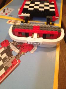 Zwillingsratgeber Lego-Creator-Aufbau-225x300 LEGO® CREATOR VW T1 Camper