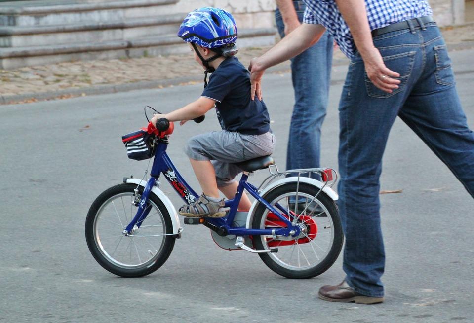 Zwillingsratgeber fahrradhelm-kinder Der richtige Fahrradhelm für Deine Kinder - Sicherheit geht vor