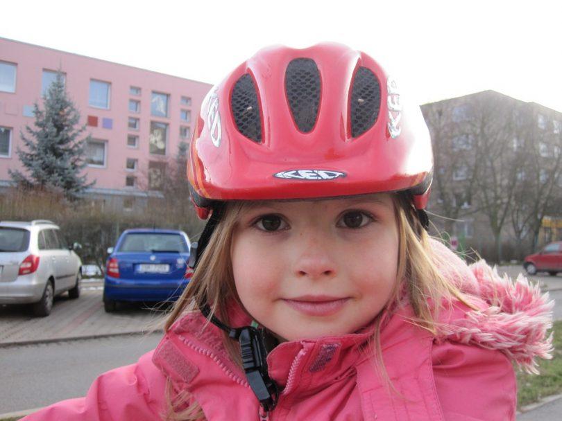 Zwillingsratgeber helm-kinder-810x608 Der richtige Fahrradhelm für Deine Kinder - Sicherheit geht vor