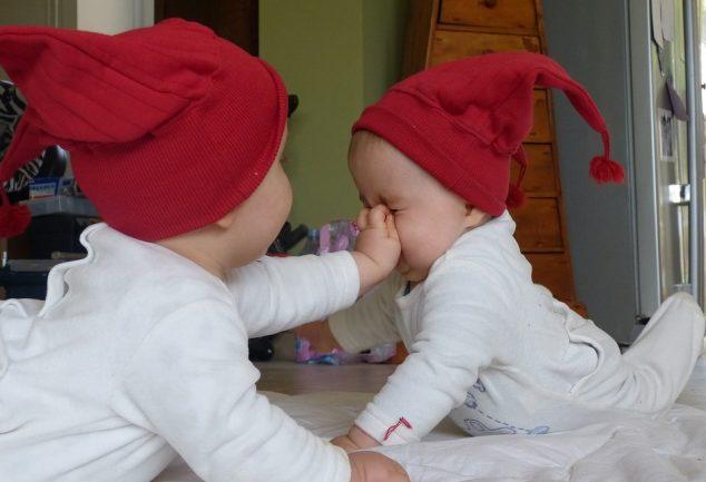 Zwillingsratgeber zwillinge-baby-634x433 Zwillingsblogs – die wichtigsten Seiten rund um den doppelten Nachwuchs