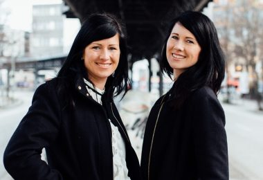 Zwillingsratgeber 031Februar-e1543845279668-380x260 Die geheimnisvolle Welt der Zwillinge – Interview mit Antonia und Barbara