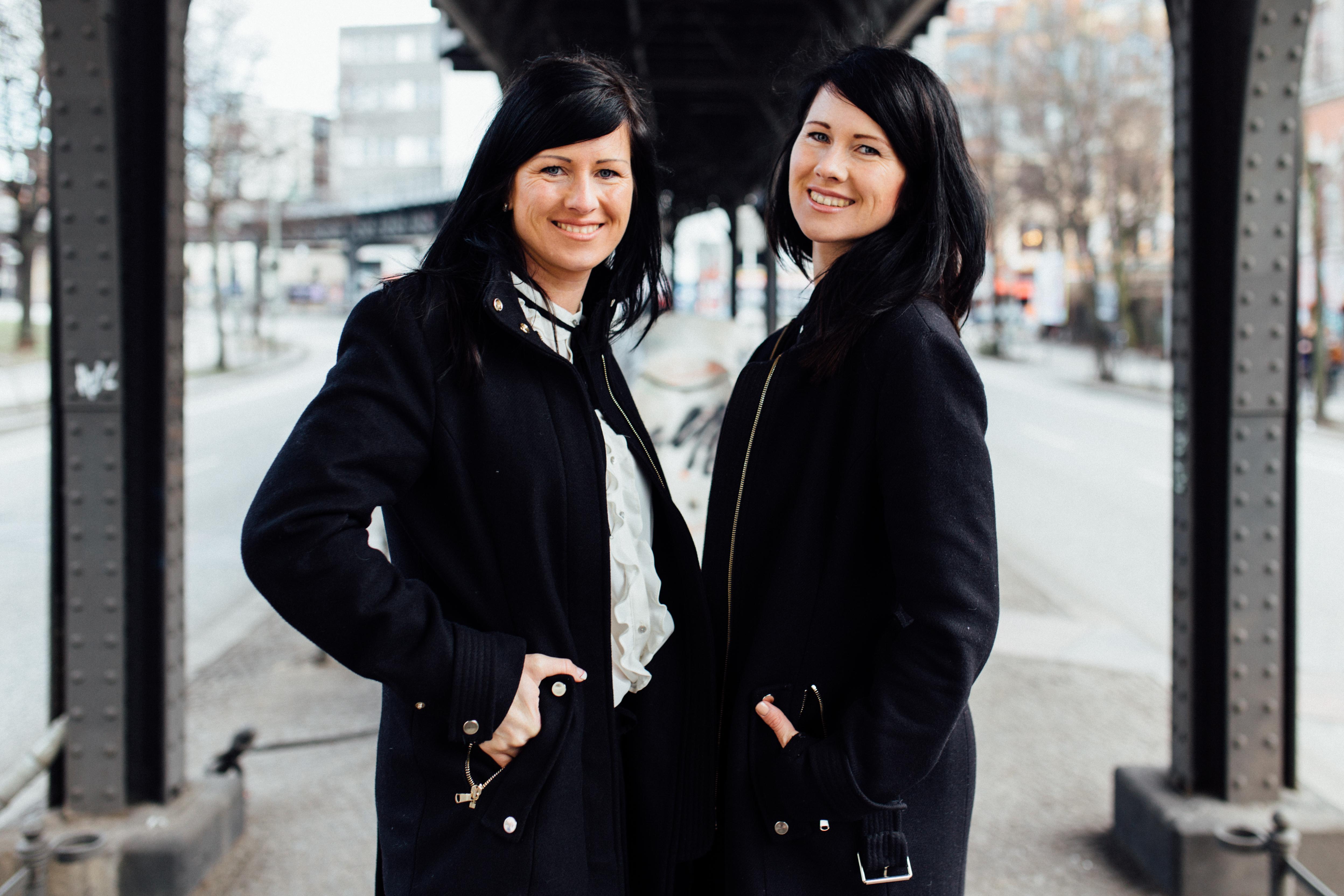Zwillingsratgeber 031Februar Die geheimnisvolle Welt der Zwillinge – Interview mit Antonia und Barbara