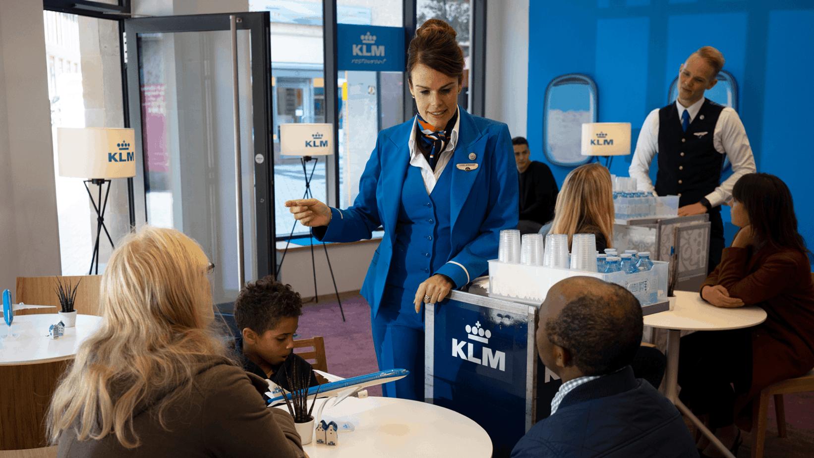 Zwillingsratgeber KLM_Restaurant2 Anzeige: Schon mal was von KLM gehört?