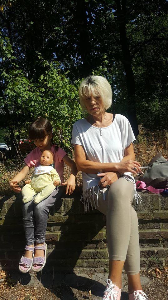 Zwillingsratgeber oma-britta Interview mit der alleinerziehenden Zwillingsoma Britta