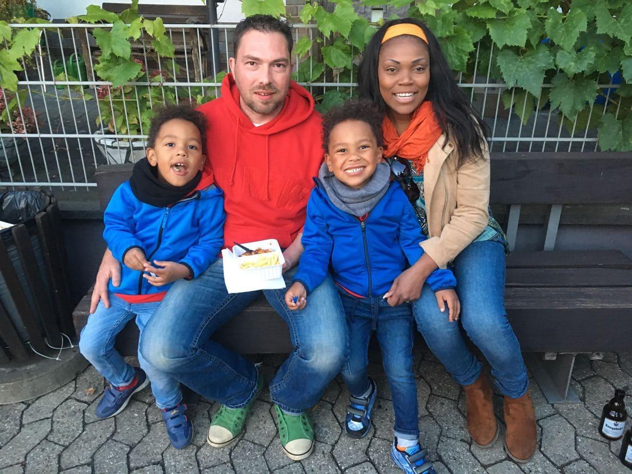 Zwillingsratgeber zwillinge-familie Kindermodel werden – die wichtigsten Tipps