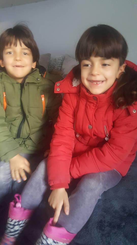 Zwillingsratgeber zwillinge-lachen Interview mit der alleinerziehenden Zwillingsoma Britta