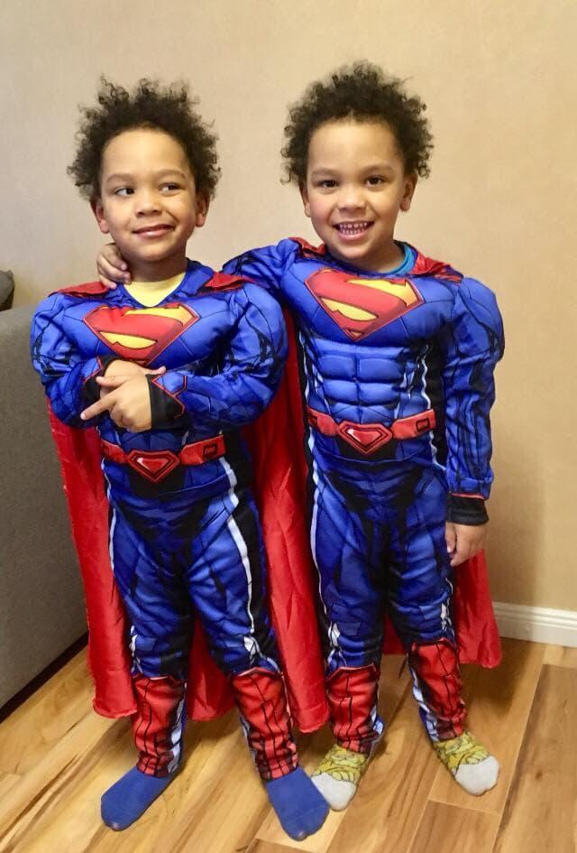 Zwillingsratgeber zwillinge-superman Kindermodel werden – die wichtigsten Tipps