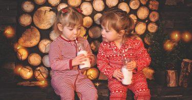 Zwillingsratgeber milch-trinken-kids-375x195 Anzeige: Penny und die Liebe