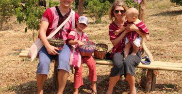 Zwillingsratgeber thailand-mit-kindern-urlaub-375x195 Zwei mal zwei ist sechs – Interview mit Doppelzwillingsmama Nici