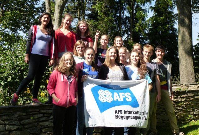 Zwillingsratgeber Gruppenfoto-AFS-Nachbereitung-634x433 Was gibt es bei der Planung und Vorbereitung eines Auslandsjahres alles zu beachten?