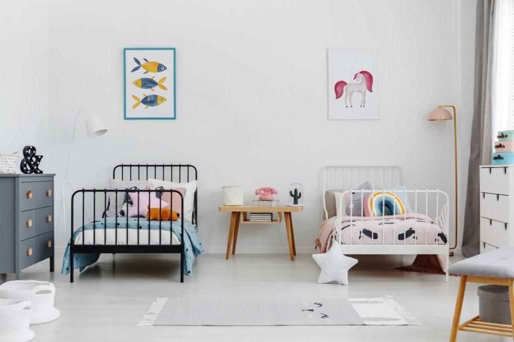 Zwillingsratgeber zwillingskinderzimmer-1024x683 Einrichtungs-Tipps für ein modernes Zwillingskinderzimmer (Geschwisterkinderzimmer)