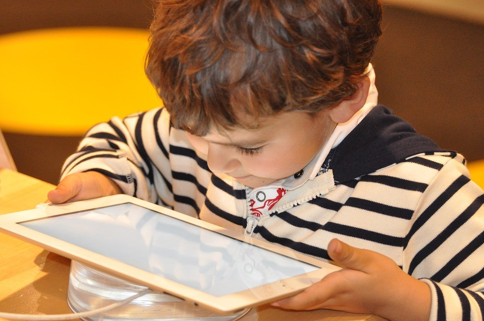 Zwillingsratgeber kind-tablet Emily's Bilder & Töne – Die Lernspiel-App