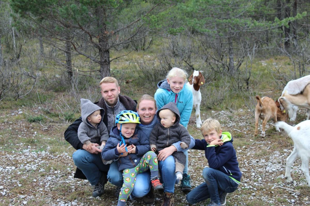 Zwillingsratgeber echtkind-alexandra-familie Interview: Zwillingsmama Alexandra von extrakind über ihre Großfamilie
