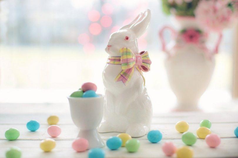 Zwillingsratgeber braeuche-zu-ostern-810x540 Osterbräuche für Familien: Warum färben wir an Ostern Eier?
