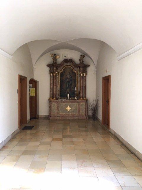 Zwillingsratgeber altar-kloster-ensdorf-e1596362288845 Auf dem Jakobsweg: Schwandorf nach Ensdorf