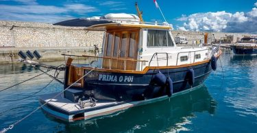 Zwillingsratgeber boat-3845378_640-375x195 Wie kommt man auf die Insel Elba?