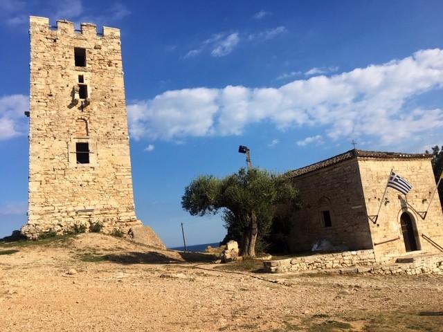 Zwillingsratgeber burg-griechenland Griechenland Urlaub: zwischen Antike und Strand