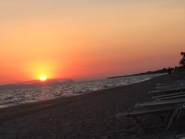 Zwillingsratgeber sonnenaufgang-griechenland Griechenland Urlaub: zwischen Antike und Strand