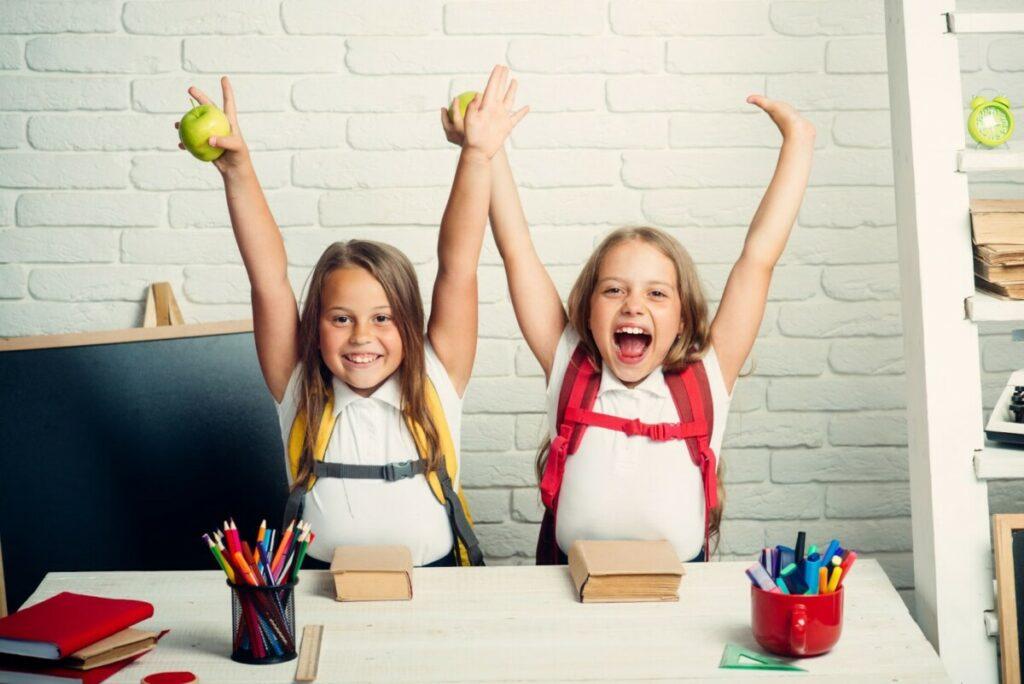 Zwillingsratgeber D4249D56-E5BF-4EEB-B2F3-8FA49A21E97D-1024x684 Englisch für Kinder - welche Fehler beim Lernen zu vermeiden sind