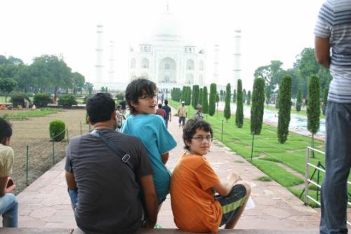 Zwillingsratgeber img_3435-640x480 Fahrt zum Taj Mahal