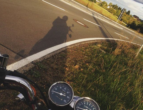motorrad-fahren-sonne