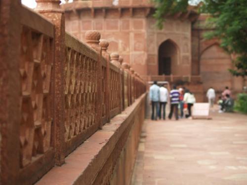 Zwillingsratgeber p1012081-640x480 Fahrt zum Taj Mahal