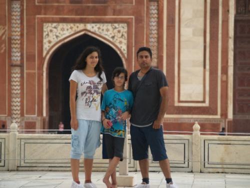 Zwillingsratgeber p1012108-640x480 Fahrt zum Taj Mahal