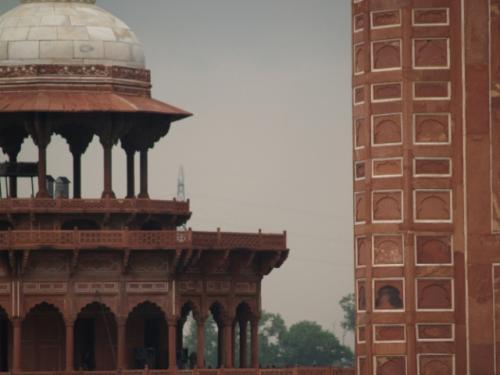 Zwillingsratgeber p1012114-640x480 Fahrt zum Taj Mahal