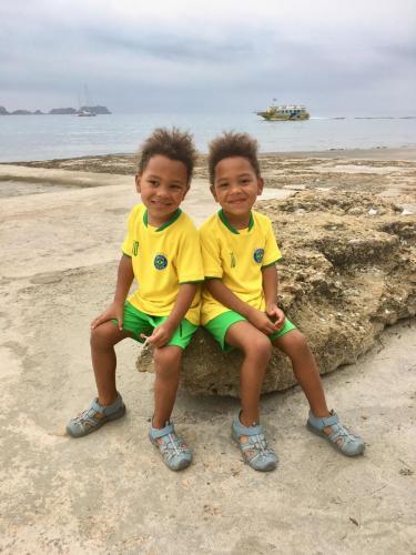 zwillinge-kindermodel-werden